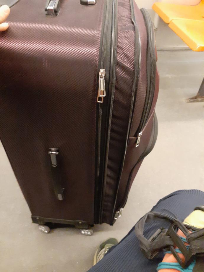 Bir buçuk aylık bir seyahat için çok mu fazla olmuş?