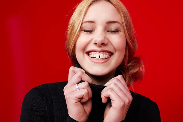 ayrık dişler