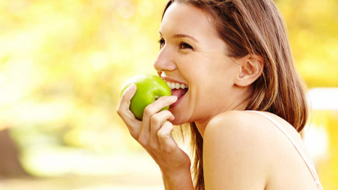 elma yemek