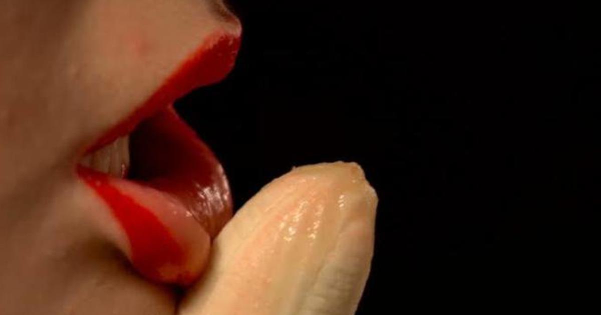 Украинское порно трахнул языком глубоко подсмотренное