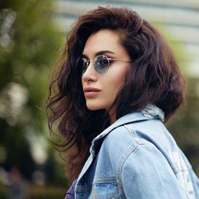 Saçları reklamlara konu olmuş bu güzellerden hangisinin saçları favorin?