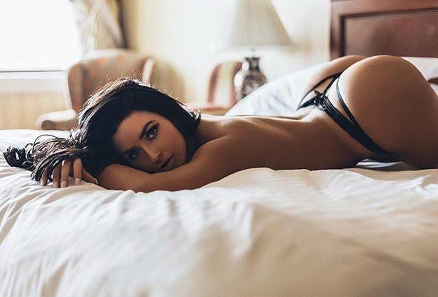 'Sosyal medya üzerinden tanıştığın biriyle seks yapmak' hakkında ne düşünüyorsun?