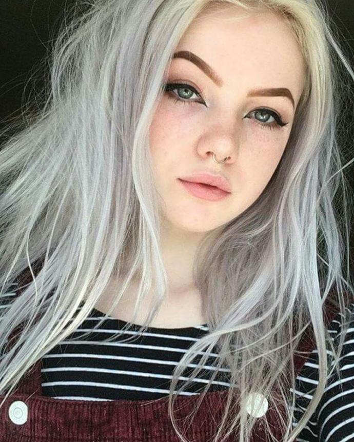 Bu kız sizce güzel mi?