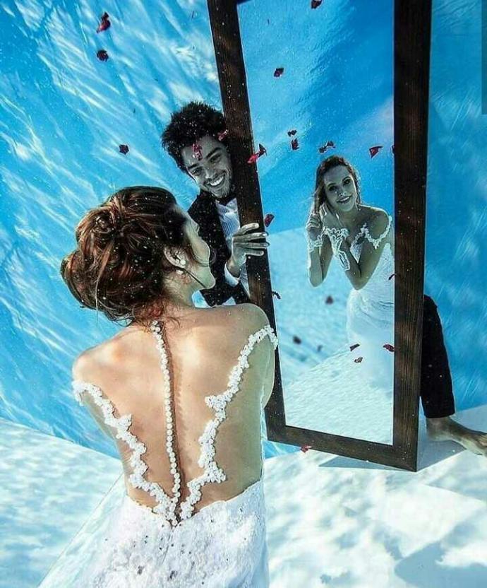Bu devirde görücü usulu evlenenler mi daha mutlu yoksa aşk evliliği yapanlar mı?