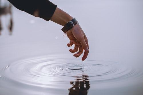 Mutsuzluk kader mi? Yoksa mutsuz kişiler kalbinin gösterdiği yoldan gitme cesaretini mi gösteremiyorlar?