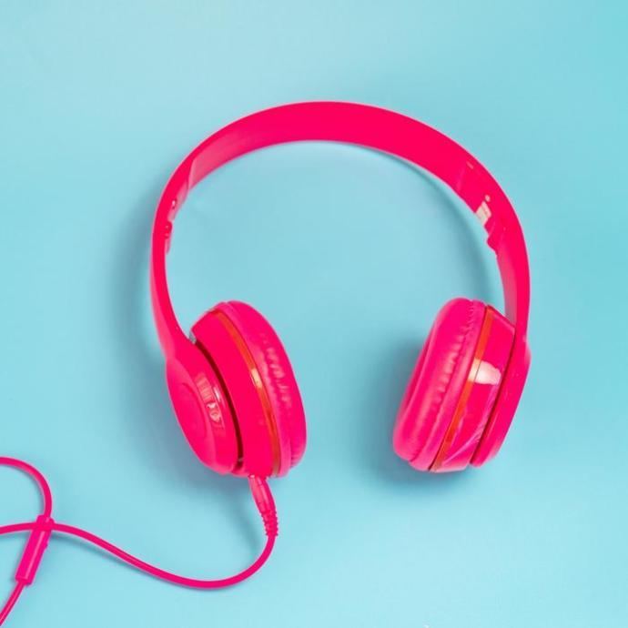Müzik zevki benim gibi geniş olan birileri var mı?