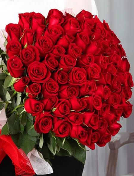 Soruma cevap veren herkese benden kırmızı güller hediye😊