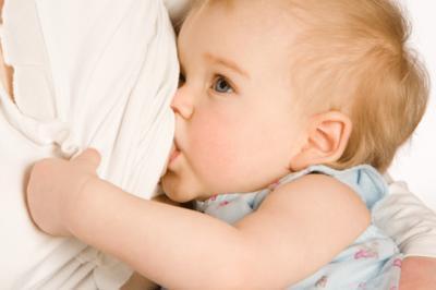 Bebekler ne zaman ve nasıl sütten kesilmeli?