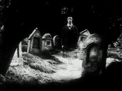 Bu saatte tek başınıza mezarlığa gidebilir misiniz 💀?