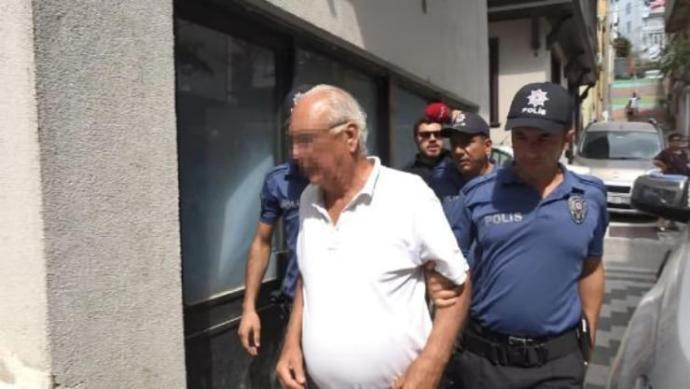 Marmara Adası yangınını çıkarttığı düşünülen baba-oğul tutuklandı! Sizce yangın çıkartan insanlara ne ceza verilmeli?