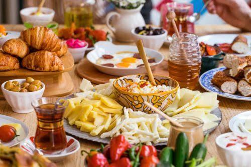 Siteden, hangi üyecanla güzel bir cumartesi kahvaltısı yapmak i̇sterdiniz?