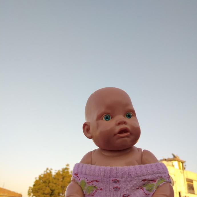 Kızım çok çapkın, sürekli erkeklere laf atıyor. Onu nasıl dizginleyebilirim?