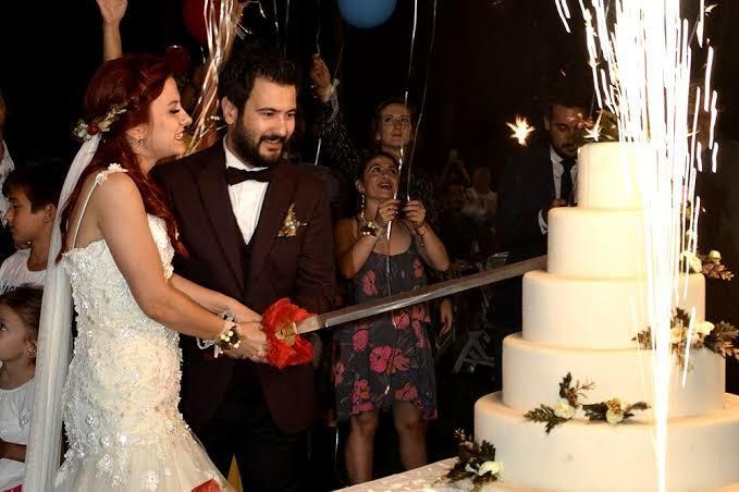 Düğün davetlerine katılır mısınız?