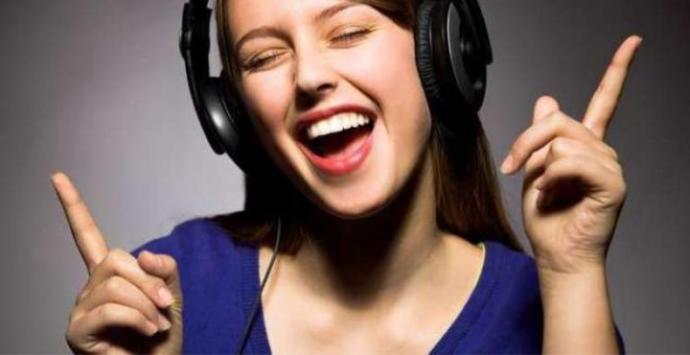 Müzik dinlemeyi sever misiniz?