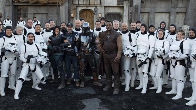 Star Wars: The Mandalorian dizisini kimler bekliyor?