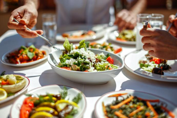 Okul çocukları öğle yemeklerinde neler yemeli, neler yememeli?