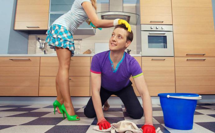 Ev işlerini yapan erkek kılıbık mıdır?
