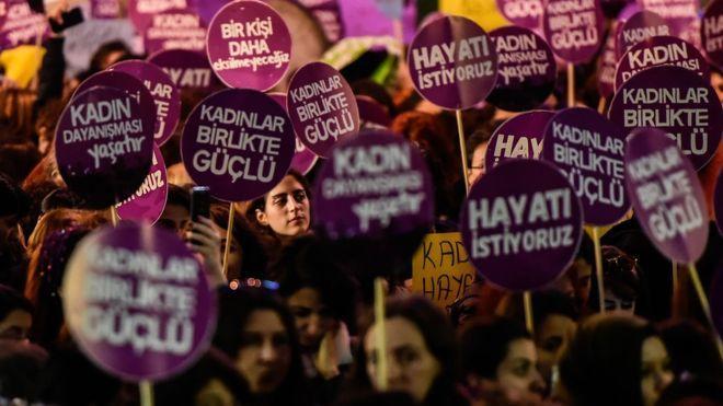 Toplumsal cinsiyet eşitliği Türkiye'de neden tartışma oluşturuyor?