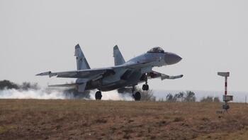 Amerika vermeyince Rusya'dan Türkiye'ye savaş uçağı geldi! Sizce Rusya'ya yanaşmakla doğru mu yapıyoruz?