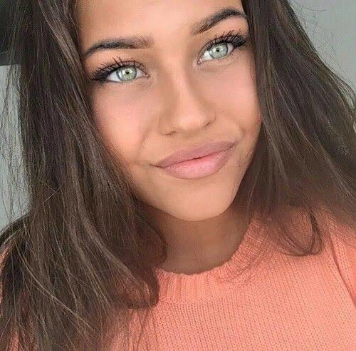 Hangi 19 luk genç kadın daha güzel?