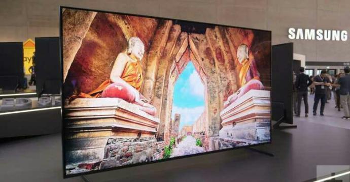 Samsung'tan mucize yenilik: Televizyon odanızın şeklini alıyor! Siz böyle bir televizyon alır mıydınız?