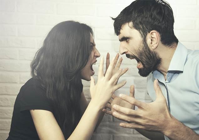 ''Büyük aşklar kavga ile başlar'' deler; Peki o zaman kavgalar aşkı güçlendirir diyebilir miyiz?
