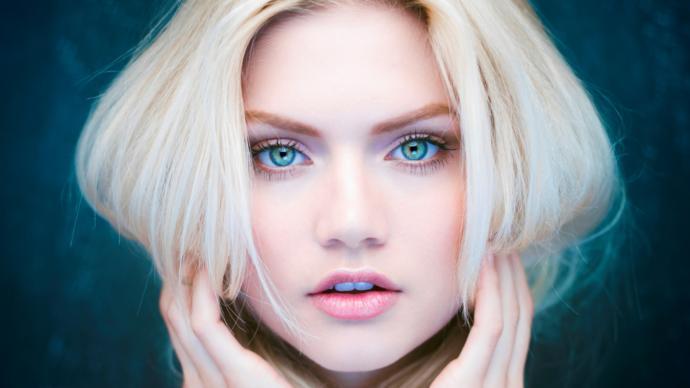 Merak ediyorumda sizce erkeklerde/kızlarda hangi göz rengi size çekici geliyor?