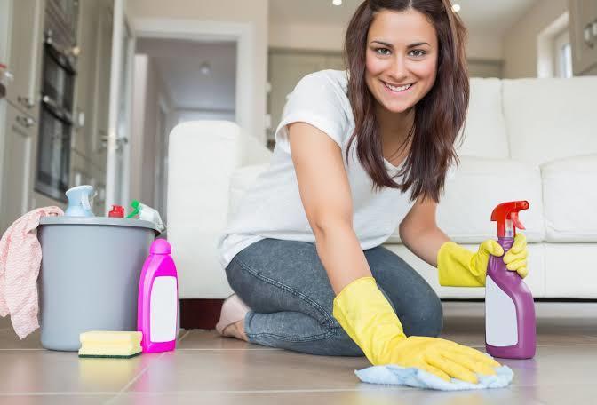 Sizce evin tamirat işleri mi bitmez, yoksa ev temizliği mi?