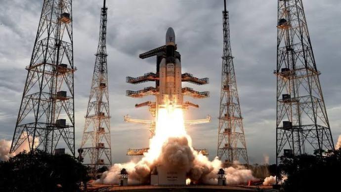 Hindistan uzay aracı Chandrayaan-2 ile aya 2 km kala bağlantı koptu, iniş başarısız olsa da bu Hindistan adına başarı değil mi?