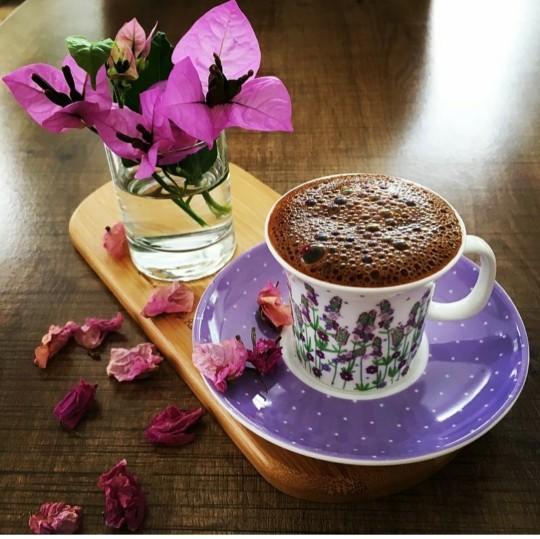 Gün içinde kahve mi yoksa çayı mı çok tüketirseniz?