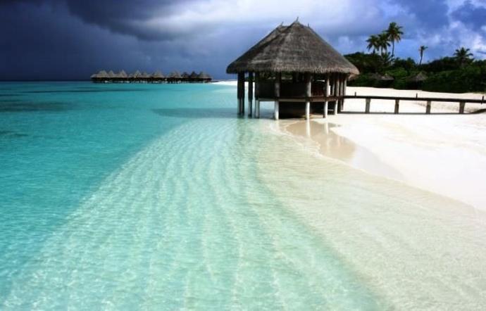 Size bir çekilişte Maldivler'e 1 hafta tatil çıksa, KS'den kiminle gitmek isterdiniz?
