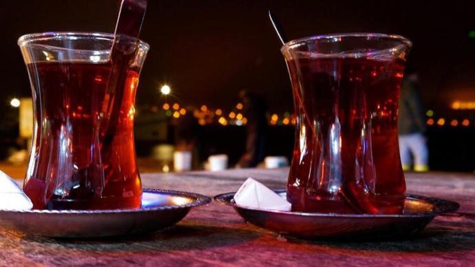 Keyif çayınızı sabah mı, yoksa akşam mı içersiniz?