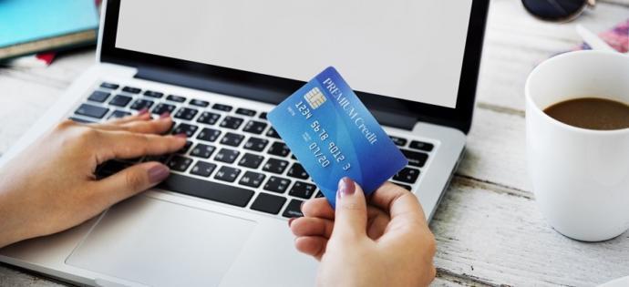 Alışveriş sitelerine güvenip kartınızı kaydedebiliyor musunuz?