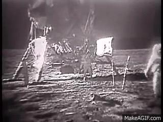 Ay'a yolculuk her zaman tartışılır. Sizce Ay'a gidildi mi?