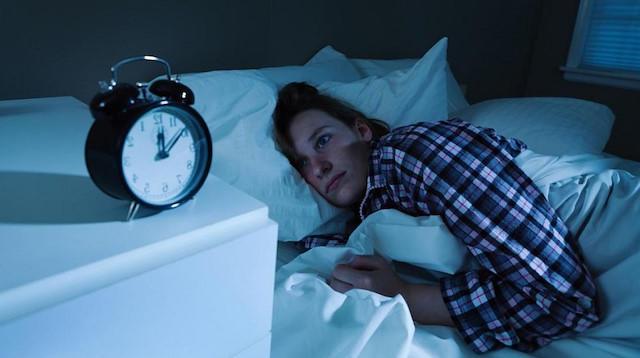 Sizi bu saatte uykunuzdan eden şey nedir?