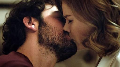 İnsanlar öpüşürken neden gözlerini kapatır?