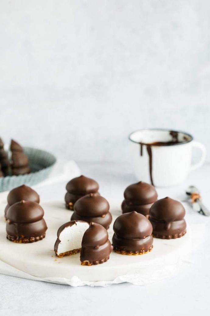 Tatlı krizine girseniz; elleriniz şerbetli tatlılara mı gider, yoksa çikolatalı tatlılara mı?