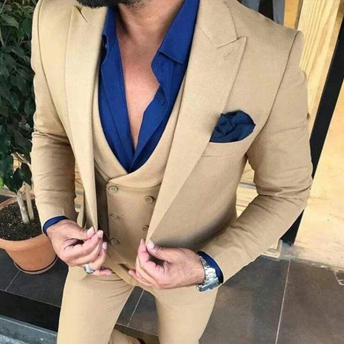 Sizin icin çok onemli olan bir gün için  erkekler hangi takım elbise giymeyi tercih ederdiniz?