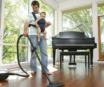 Hanımlarına ev işlerinde yardım eden erkeklere neden kılıbık gözüyle bakılır?
