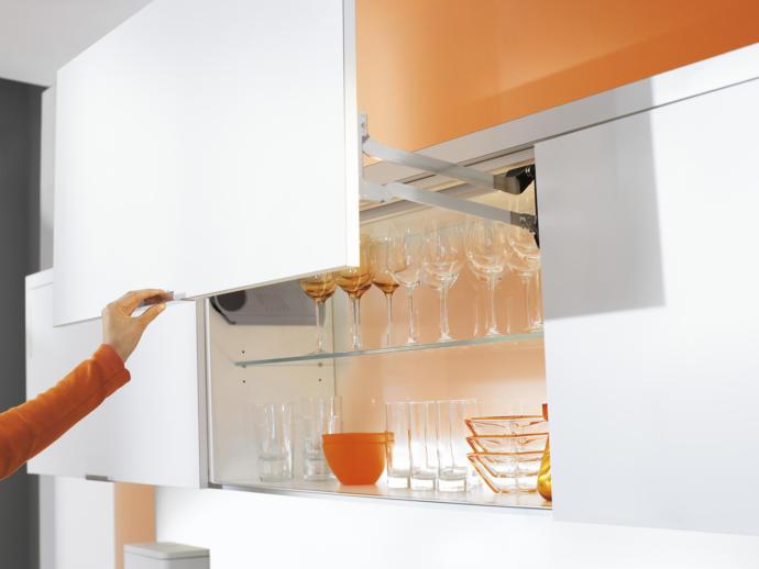 Mutfak dolabı kokusu nasıl giderilir?