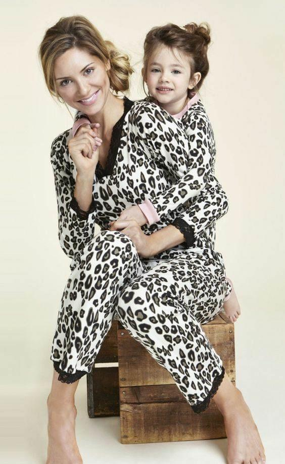 Leoparı kendinize yakıştırıyor musunuz? Leopar giyimin belli bir yaş sınırı olmalı mı sizce?