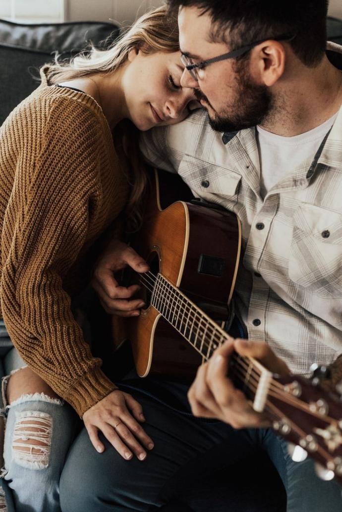 Karşı cinsin size olan sevgisinin samimi olduğunu nasıl anlarsınız?
