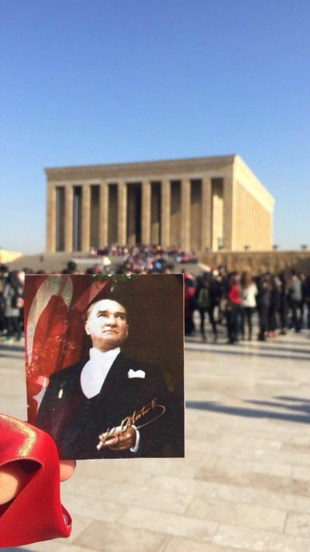 Atatürkü neden seviyorsunuz ya da neden sevmiyorsunuz?