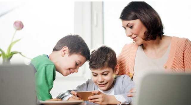 Çocuğunuzun Telefonda Nelere Baktığını Kontrol Eder misiniz?