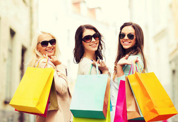 Alışverişi en çok kiminle yapmayı seversiniz?