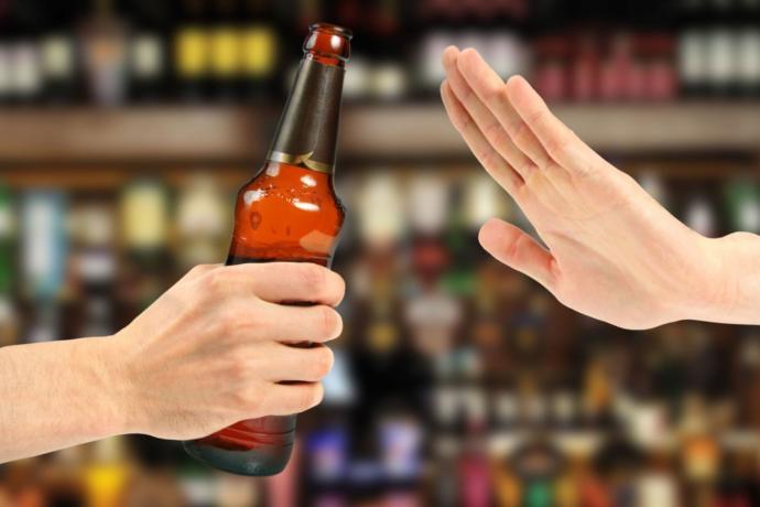 Sırf arkadaşınız istiyor diye hiç içki içmediğiniz halde tüm gece boyunca içki içer misiniz?