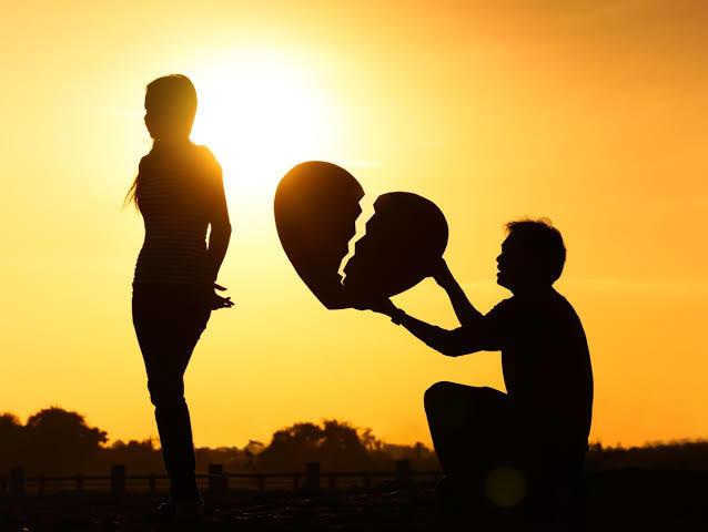 Eski sevgiliniz pişman olup dönerse affeder misiniz?