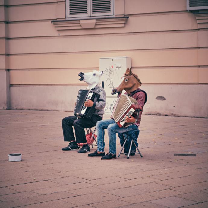 Doğuştan bir enstrüman çalma yeteneğine sahip olsanız, hangi enstrüman olmasını isterdiniz?