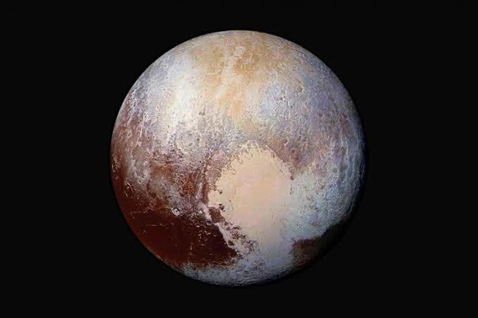 Bütün ömrünüze mal olacak Plüton cüce gezegenine insanlı uzay aracı projesine denek olmak ister miydiniz?