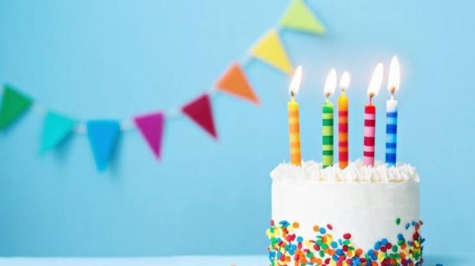 Bugün KS nin neşe kaynaklarından birinin doğum günü. Sizler de neşe kaynağının doğum gününü kutlar mısınız?